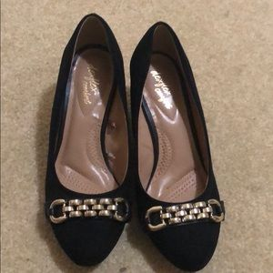 Black wedges with gold buckle